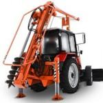 Ямобур трактор